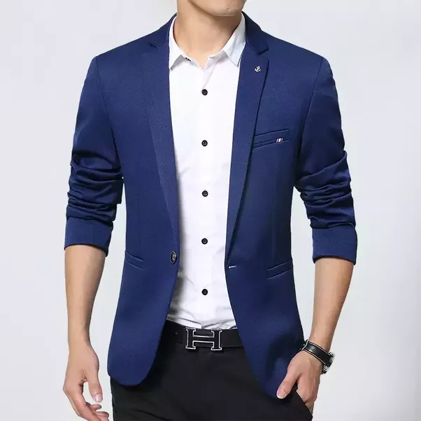Which colour of blazer should a groom wear if the bride is wearing ...