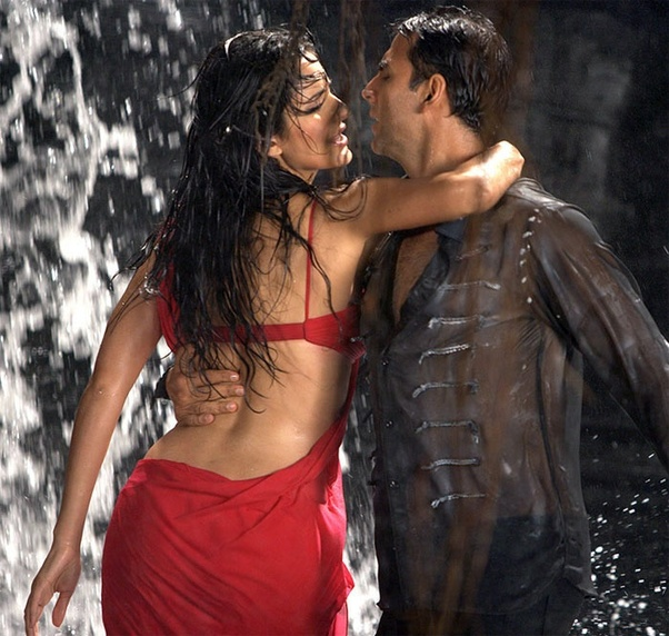 Which Are Hottest Bollywood Music Videos In Your Opinion
