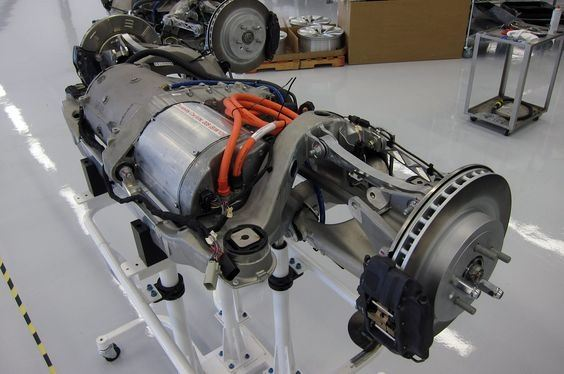 how does the cooling system in electric motor work on tesla? quora tesla model s noise this is a complete model s powertrain the orange cables are the high voltage wires going into the inverter the motor is the slightly darker grey cylinder