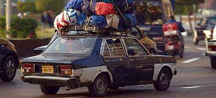 is it legal to transport a tied down mattress on top of a car with no roof racks in witham. Black Bedroom Furniture Sets. Home Design Ideas