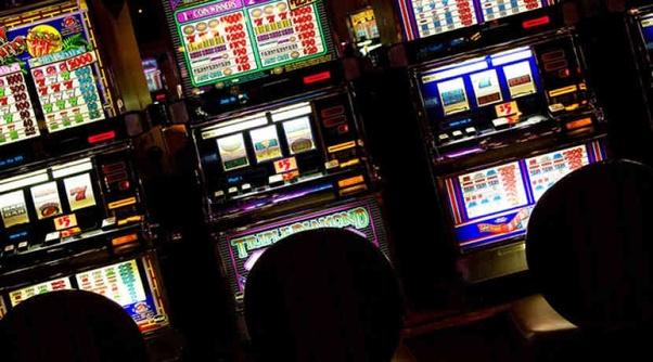 slot machine house edge