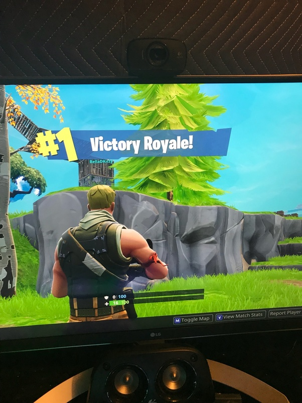 Why is my Fortnite lagging so much and and even turning down