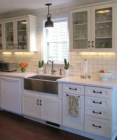 Genial What Countertops, Floors And Backsplashes Complement White Cabinets And  Darker Handles (bronze)/hardware?