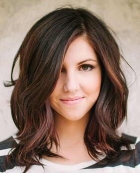 Medium Blowout If You Love Having In Hairs Then This Is The Perfect Hairstyle