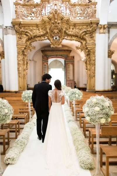 What are some cheap aisle decorations for wedding ceremonies quora for a minimalistic decoration one of the best wedding aisle ideas is to use ribbons with flowers on the pews junglespirit Gallery