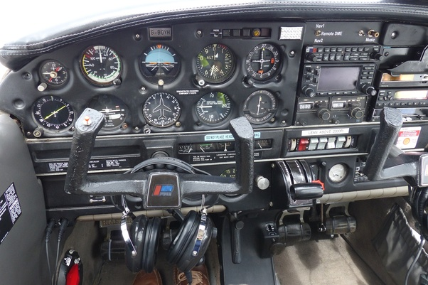 How does a pilot balance the power on the stick in Cessna