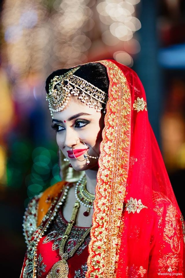 Professional Bridal Makeup: How To Become A Professional Wedding Photographer In India