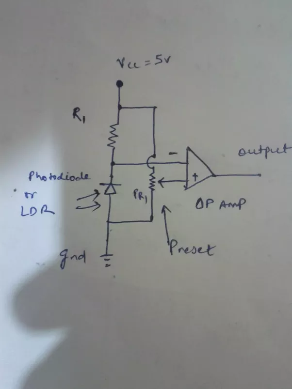 How to obtain a 5V or 0V output from an ldr circuit using comparator ...