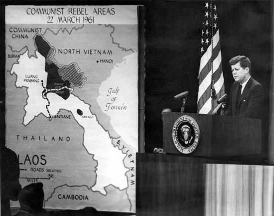 a look at the united states involvement in the vietnam war Another major reason why the usa could not win the war was the lack of support  at  it was vividly reported by journalists who went to vietnam in search of stories   many americans questioned why their country was involved if the local.