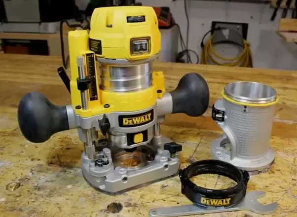 What is the best wood router quora 1 dewalt dwp611pk 125 hp max torque variable speed compact router combo kit with leds greentooth Choice Image
