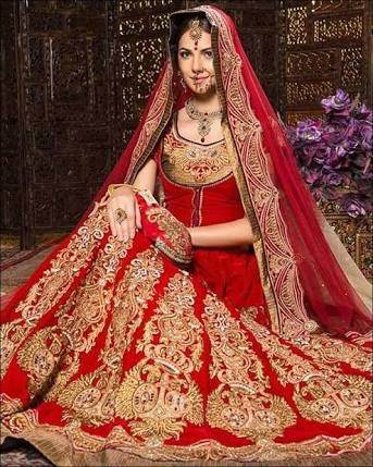 Why do arab brides wear western wedding dresses what is the indian pakistani modern wedding dress junglespirit Choice Image