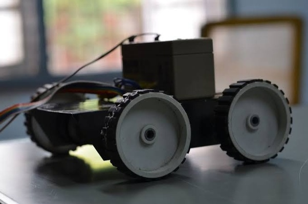What are the best things to teach in a robotics workshop