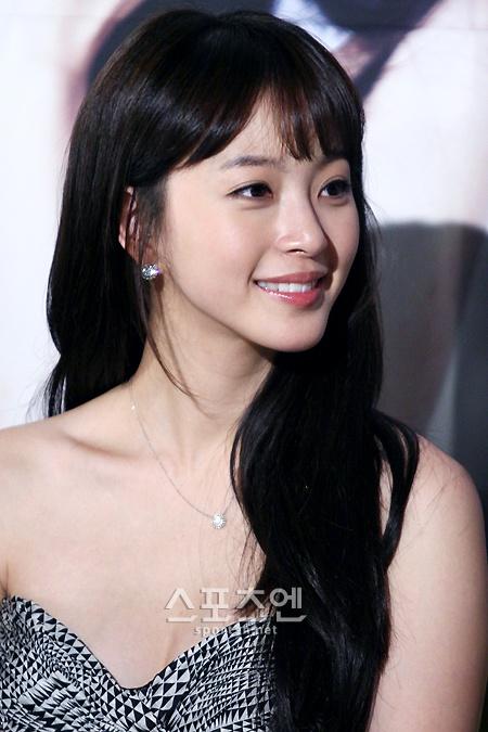 What Are Some Stunning Pictures Of Korean Actress Han Ye Seul Quora Aynı zamanda mükemmel erkeğini seçmek için eşsiz bir flört teorisi vardır. korean actress han ye seul quora