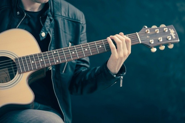 How long does it take you to quickly change guitar chords? - Quora