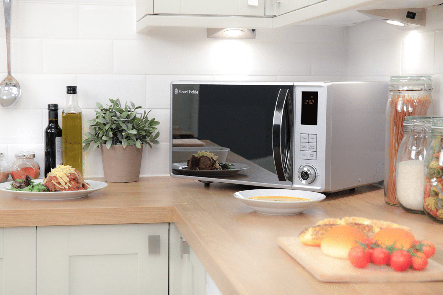 What is the difference between a grill and a convection microwave