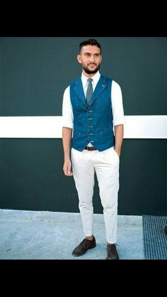 What Colour Pants Suit For White Shirt And Dark Blue