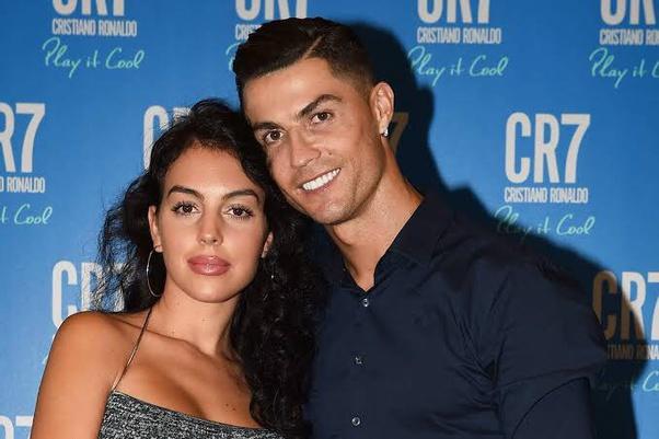 What Is Cristiano Ronaldo S Wife Name Quora
