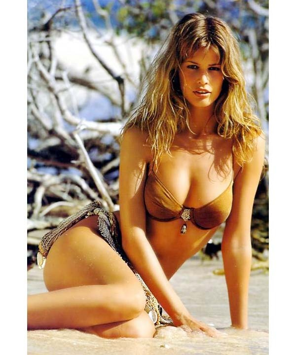 Modelling with large breasts Why Don T Supermodels Have Large Breasts When It Is Stereotyped As A Key Feature Of The Female Body Quora