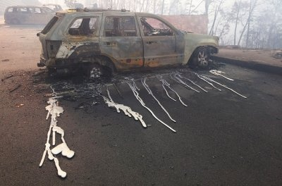 Do cars melt or catch on fire when they are stuck in a wildfire? - Quora
