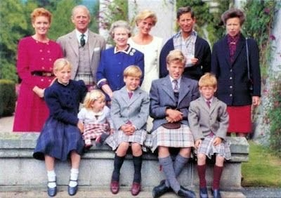 Килт как часть туалета Британской королевской семьи. Королевские династии,Мода,Монархия