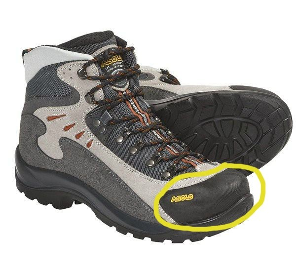 Best Shoes For Trekking In Himalayas