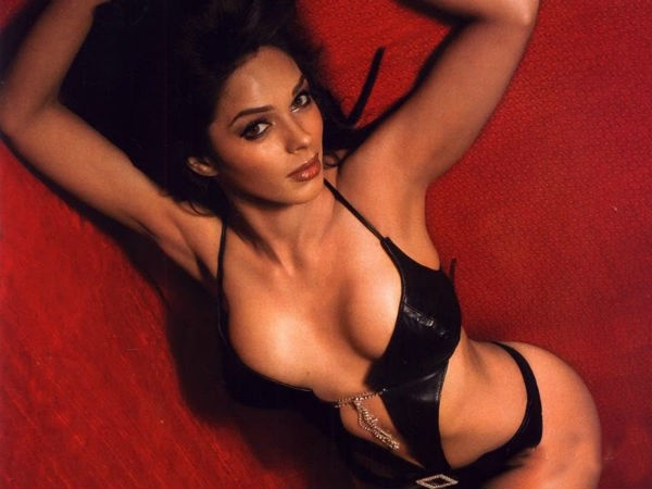 Mallika Sherawat Is Controversys Favourite Child Whether Its The Movie Khwahish And Its  Kisses Or Going Completely Naked For The Myth And Hissss Mallika