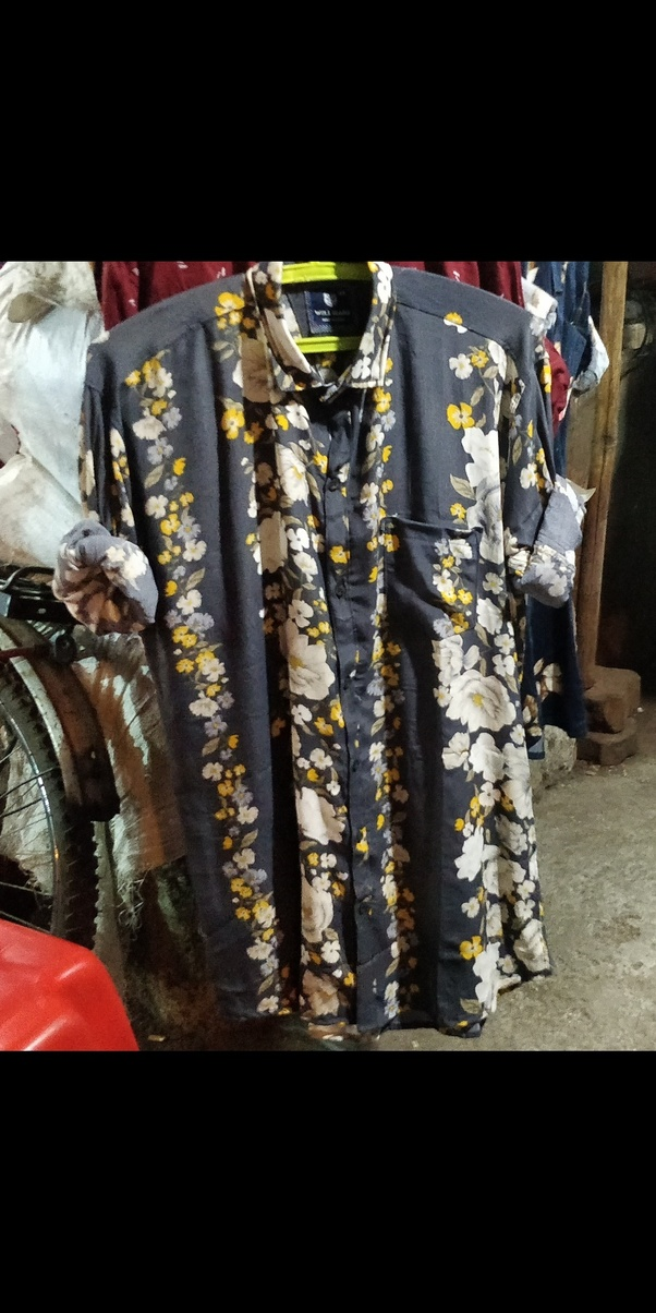 fbf89f8a32 Nowadays the Flower shirt is more popular with ton jeans and white shoes
