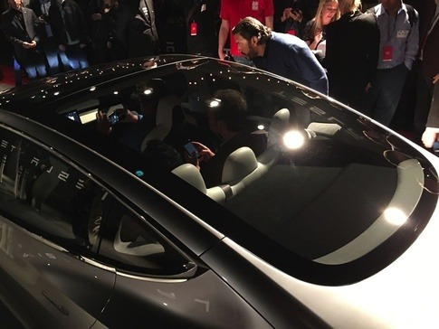 Is The Tesla Model 3 All Glass Roof A Safety Hazard Why