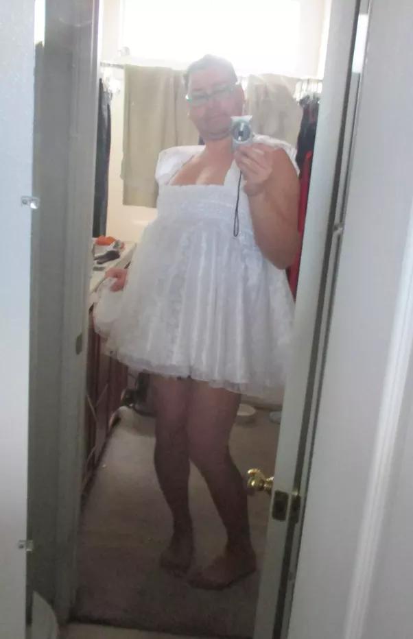 Cross dress sissy