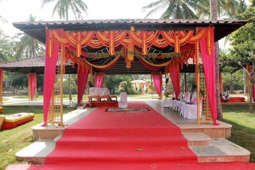 Celebrate Your Special Occion Amidst Nature And Musical Dancing Fountain Best Destination Wedding Venue In Bangalore
