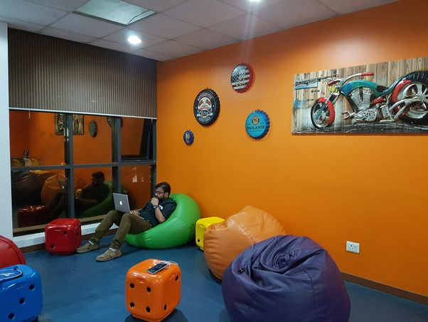 What are the top companies for work-life balance in Gurgaon