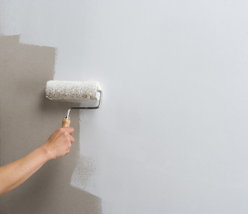 Is Applying Wall Primer Or White Cement Better?