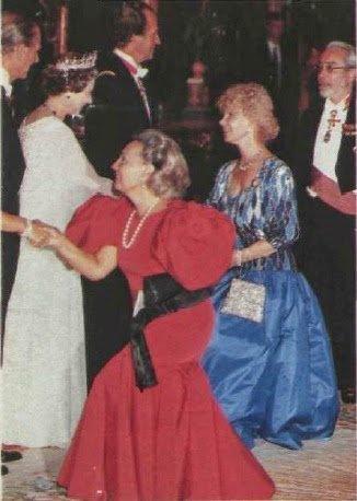герцогиня Альба и королева Елизавета II