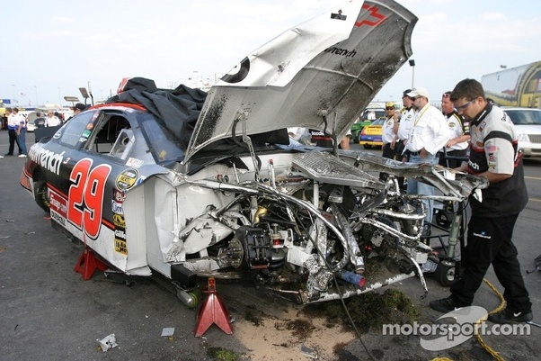 In NASCAR, does a team with a wrecked car spend their week