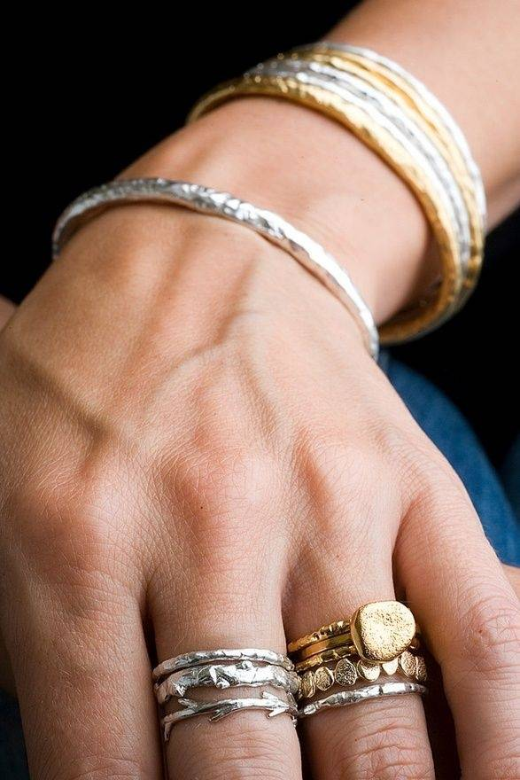 Is it tacky to wear silver and gold jewelry together Quora