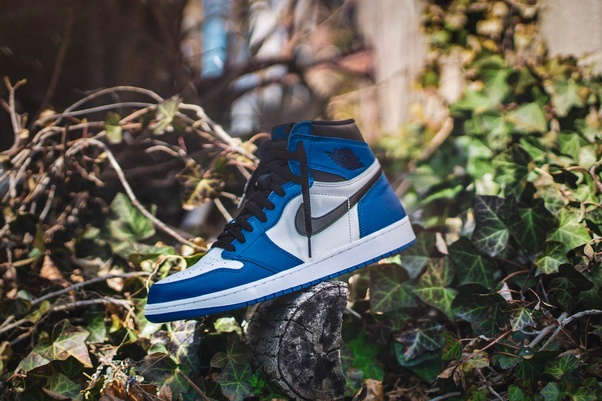 6b4f45b460e Nike Air Jordan 1: Jordan 1 high/low shoes are featured with a reflective  tongue and lace locks. These are the contemporary shoes and the solid &  clear ...