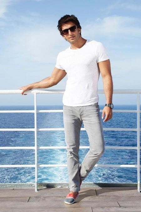 4f17afe85dc Do light grey jeans go well with a white shirt  - Quora