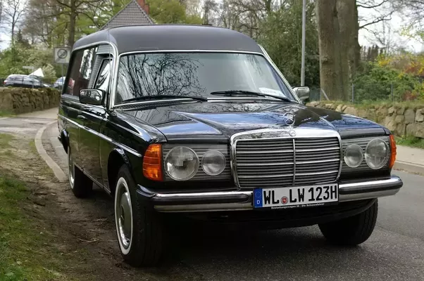Why was the mercedes w123 so successful quora for Used mercedes benz hearse for sale