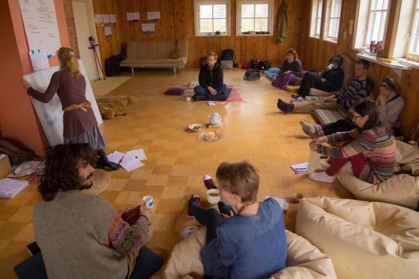 eco-villaggi, eco-villaggio, fondare un eco villaggio, vivere in un eco villaggio, comunità intenzionale