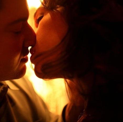 Describe the perfect kiss