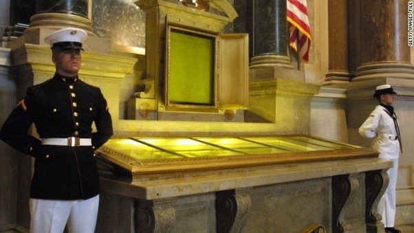 Why is the U.S. Declaration of Independence preserved in a vault ...