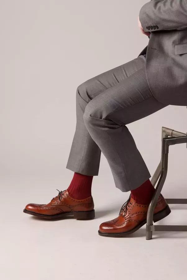 What Colour Suit Do Brown Shoes Do With