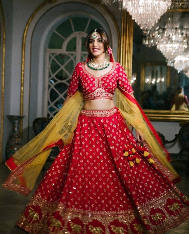 3d7975ce2a Some of the best wedding lehengas I will show you are -. To Buy Bridal  Lehenga Choli Online ...