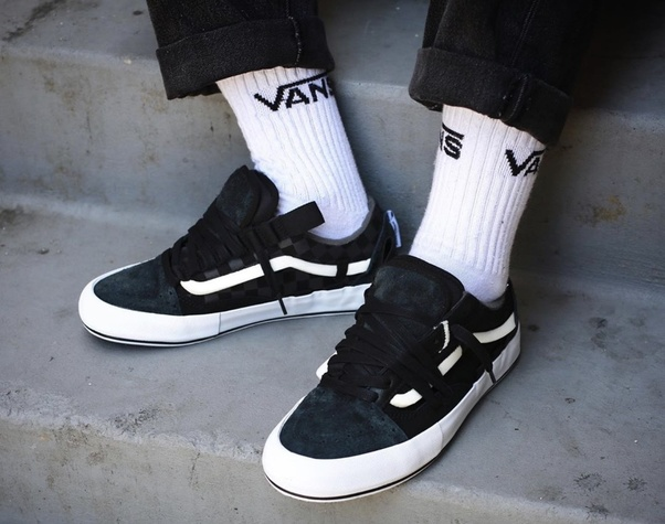 bdce809f Can you wear white tube socks with black checkerboard Vans? - Quora