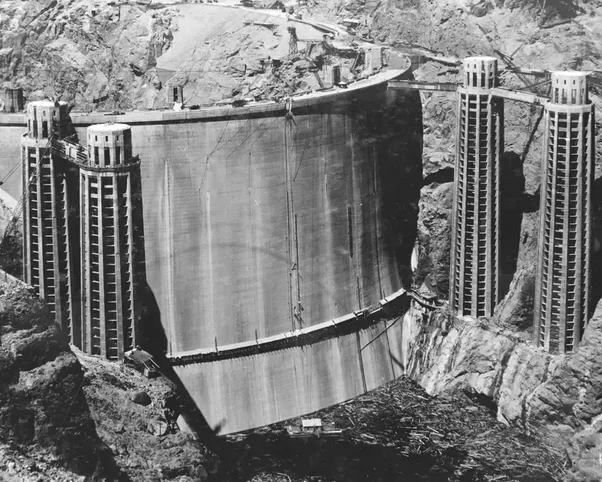 If Lake Mead Were To Dry Up Would The Hoover Dam Still Hold