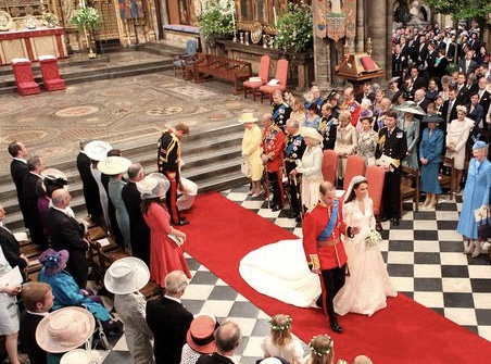 Как реагировала королева Елизавета II, когда Кейт Миддлтон шла к алтарю