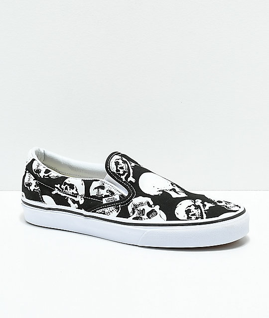 What can you pair white vans with? Quora
