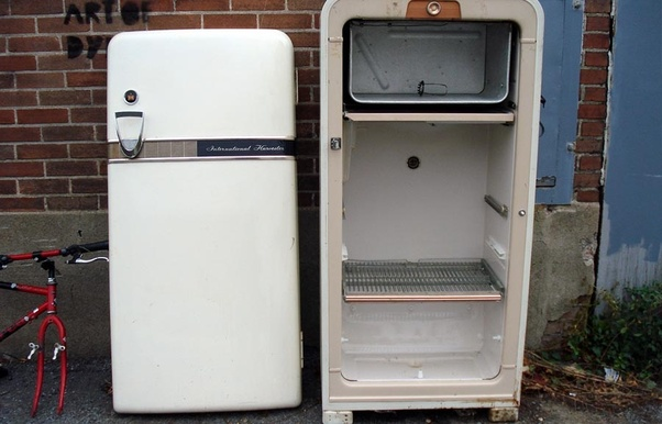 Why is the freezer in the upper part of refrigerator quora air over the refrigerators evaporator coils and can therefore direct the cold air anywhere large fridges worked much like the mini fridges of today publicscrutiny Choice Image