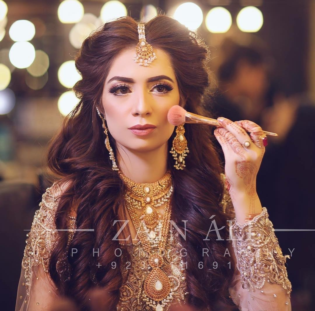which are the best pakistani bridal hairstyles? - quora
