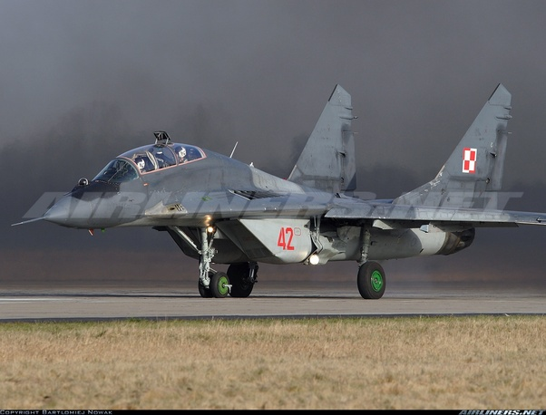 Why do modern Russian fighters have raised-neck cockpits? - Quora